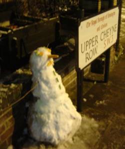 chelsea_snow_938_snowman.jpg