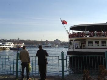 istanbul_06_ferries.jpg